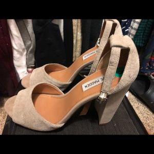 Steve Madden Grey Suede Block heels